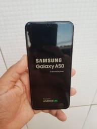 Samsung A50 dual chip 64gb 4 de ram biometria na tela