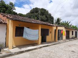 As duas casas a venda