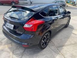 Ford Focus Hatch Titanium 2.0 Aut