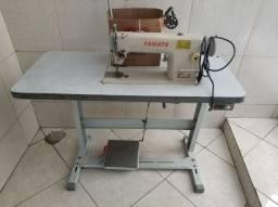 Vende-se Máquina Industrial Reta Yamata no valor de R$ 1000.