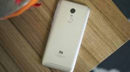 Redmi 5 plus GB 64GB.  4GB de Ram Zerado sem defeito top demais