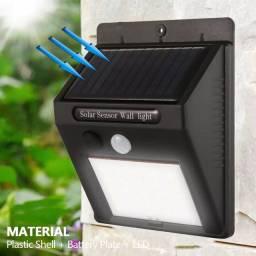 Luminária recarregável por luz solar - Economia de energia
