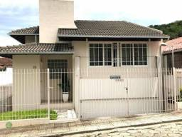 Casa próximo ao Centro de Florianópolis, lugar plano e tranquilo.