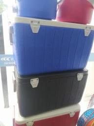 Caixa térmica cooleman 45,4 litros