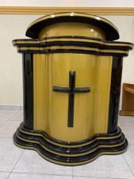 Púlpito novo