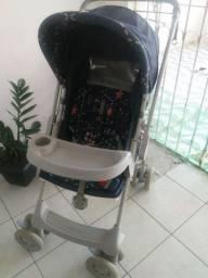 Carrinho de bebê + kit bolsas e colchão.
