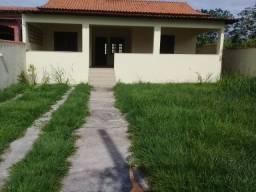 Alugo casa independente de 3 quartos em São Pedro da Aldeia