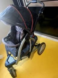 Carrinho de Bebê Gracco 3 rodas
