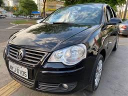 Vw Volkswagen polo sedan 1.6 aut 2011