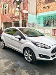 Oportunidade única New Fiesta 1.5 2015 manual, carro sem detalhes 34.990$