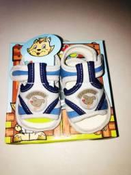Lote sapatos e sandálias