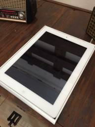 iPad semi novo, muito barato!