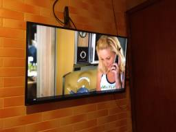 Vendo tv 1300 smart 43 semi nova