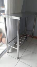 Mesa bancada inox para cozinha ou restaurante