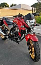Vendo moto CB 300R