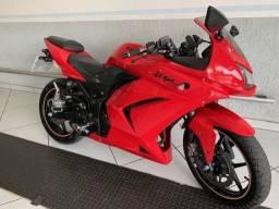 Kawasaki Ninja 250R Vermelha