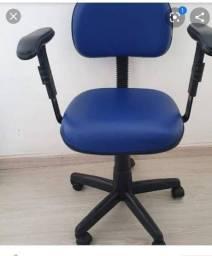 Cadeira de escritório Pra sair rápido !