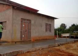 Vende se uma casa no ramal Bom Jesus