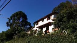 Casa - 3 quartos (1 suíte) - terreno - Itaipava - Petrópolis, RJ