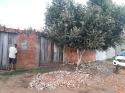 Lote murado pra venda no bairro nova imperatriz