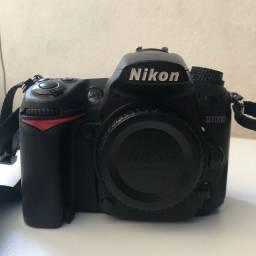 Nikon D7000 - usada (corpo)