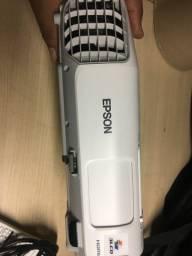Projeto Epson S17 952 horas de uso 2700 lumes