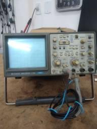 Osciloscópio Hitachi V660