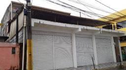 Casa comercial/residencial, térreo 2 lojas comerciais em Dias D'Ávilae