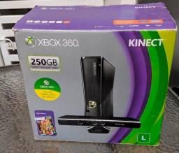 Imperdível- Xbox 360 com HD de 250gb- 2 controles e kinect- Faço no Cartão