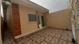 Casa no Águas Claras, próximo ao Posto equador da Natan Xavier. 3 QTS+piscina
