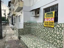 Alugo/Vendo Apartamento no Condomínio Beija Flor com 2 Quartos