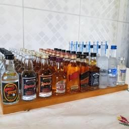 KIT Miniaturas de Whisky, Vodka e Cachaça - 50ml - Original, Lacrada e Licenciada