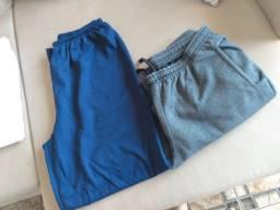 Duas calças de moletom masculino