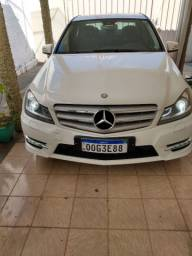 VENDO MERCEDES BENZ BRANCA 2014