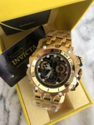 Relógio Invicta com 1 ano de garantia do maquinário