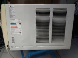 Ar condicionado LG Gelando muito! Pouco usado