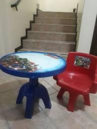 Mesinha Infantil Avengers Original