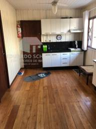 Casa com 2 dormitórios e ótima localização Bairro Lidia Duarte Camboriú