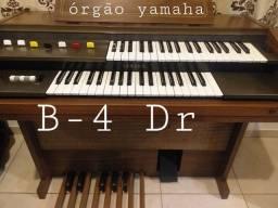 Órgão Eletrônico Yamaha