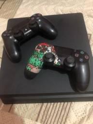 Vendo PS4 .
