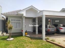 Casa à venda com 03 dormitórios na João Alves!
