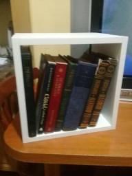 Nicho p/ livros.