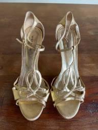 Sandália ouro