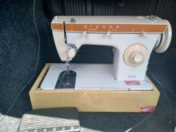 Máquina de costura Singer zigzag