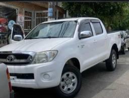 Toyota Hilux 2.5 Cab dupla 4x4 4P