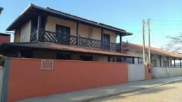 Sobrado à venda 03 Quartos, churrasqueira, garagem fechada na Praia de Itajuba Barra Velha