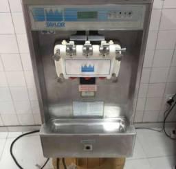 Vendo máquina de sorvete Taylor modelo 337