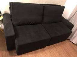 Sofá preto com extensão semi novo