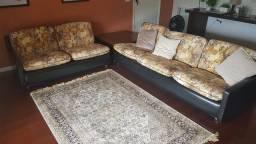 Sofá de couro em L
