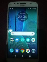 Vende-se Motorola G6 Plus